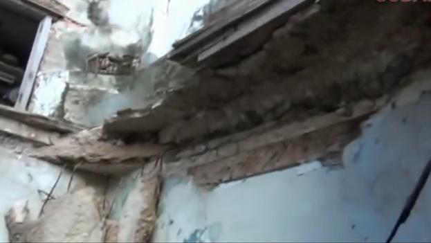 Imagen del derrumbe ocurrido en 2015 en el mismo edificio donde resultaron heridas varias personas este martes debido a otro colapso. (Captura)