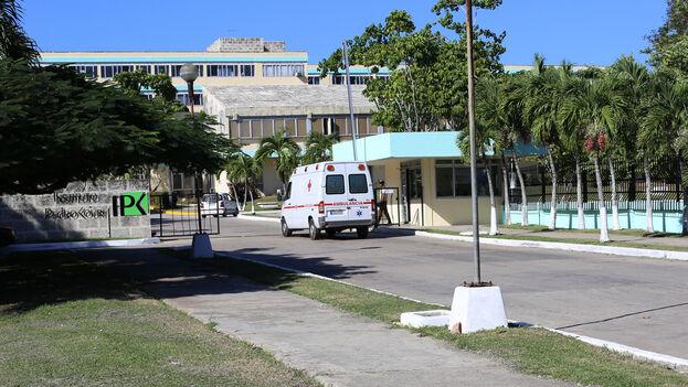 """""""De forma inmediata fueron ingresados en el Instituto de Medicina Tropical Pedro Kourí"""", aseguran las autoridades sanitarias. (Sld.cu)"""
