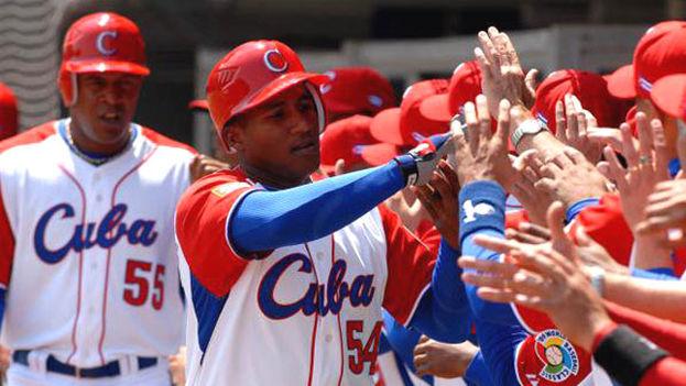 El estatal Instituto Nacional de Deportes de Cuba dio luz verde en septiembre de 2013 a los contratos en el extranjero a sus deportistas de alto rendimiento a partir de una nueva política aprobada por el Gobierno que autorizó esos convenios. (Cuban-Play)