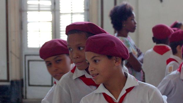 Junto al avituallamiento de los centros escolares se suman por estos días inspecciones epidemiológicas de los planteles para evaluar el nivel de riesgo ante la conjuntivitis. (Flickr/Emma)
