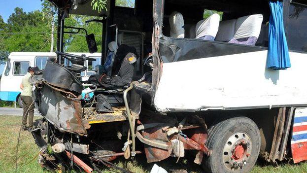 Un accidente de tránsito en Cerca Blanca, Bayamo, ha provocado la muerte de un jóven este martes, 29 de agosto. (La Demajagua)