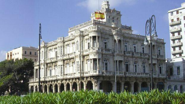 Desde la implementación de la Ley de Memoria Histórica, junto a los ya nacionalizados, todavía al menos 70.000 cubanos esperan ser reconocidos como ciudadanos españoles. (exteriores.gob.es)