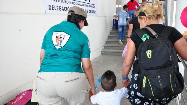 Este viernes llegó el segundo grupo de migrantes cubanos a Ciudad Hidalgo, en Chiapas, México, según confirmó el Instituto Nacional de Migración. Se trata de 184 personas, las primeras de los siete traslados de migrantes programados para este mes.