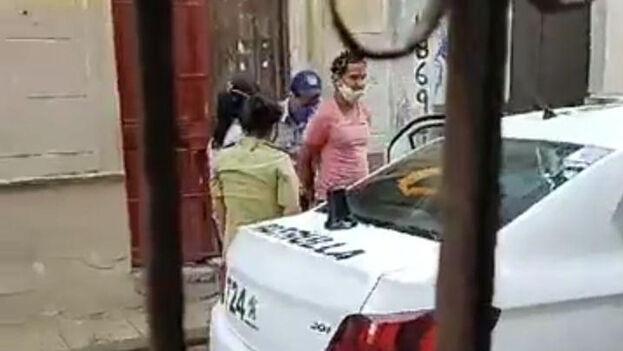 Luis Manuel Otero Alcántara fue detenido este martes frente a su vivienda. (Captura)