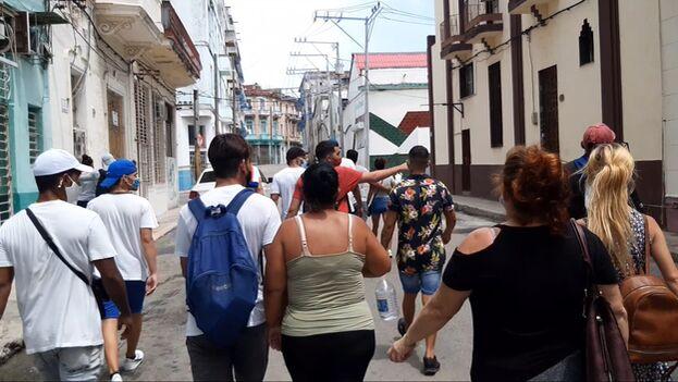 Manifestantes en una calle de La Habana el 11 de julio de 2021. (14ymedio)
