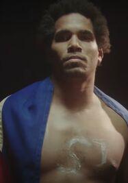 El artista Luis Manuel Otero Alcántara, en un momento del videoclip de la canción 'Patria y Vida'. (Captura)