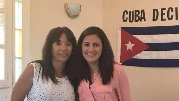 """Rosa María Payá (derecha), promotora del grupo disidente Cuba Decide, explicó que la concesión del galardón a IDEA se debe a su """"acción directa"""" por los derechos del pueblo venezolano. (Venezuela)"""