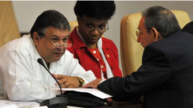 """En las salidas más notorias está la de Marino Murillo, al que la prensa extranjera había bautizado como """"el zar de las reformas"""" económicas en la Isla. (EFE)"""