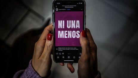 """Para la activista Marthadela Tamayo, las cifras demuestran """"la necesidad"""" de tener leyes específicas contra los feminicidios. (EFE/Juan Ignacio Roncoroni/Archivo)"""