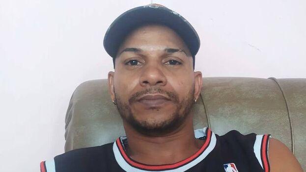 El rapero Maykel Osorbo está acusado de atentado, desacato y resistencia y se encuentra en prisión preventiva en la provincia de Pinar Del Río. (Facebook)