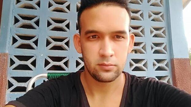 Merladet, de 26 años, impartía clases de Historia desde hace dos años en el preuniversitario vocacional Silberto Álvarez Aroche, de Granma. (Cortesía)