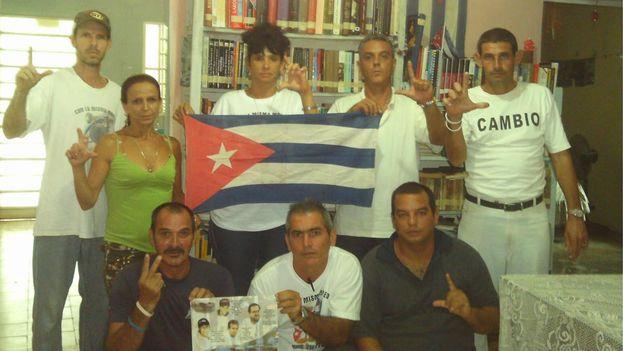 Miembros de la Comisión Política de Concilio Cubano reunidos en 2010. (conciliocubanopolitica)
