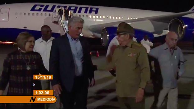 Miguel Díaz-Canel regresó a La Habana en la madrugada de este jueves luego de su primera gira por países de Europa y Asia. (Captura)