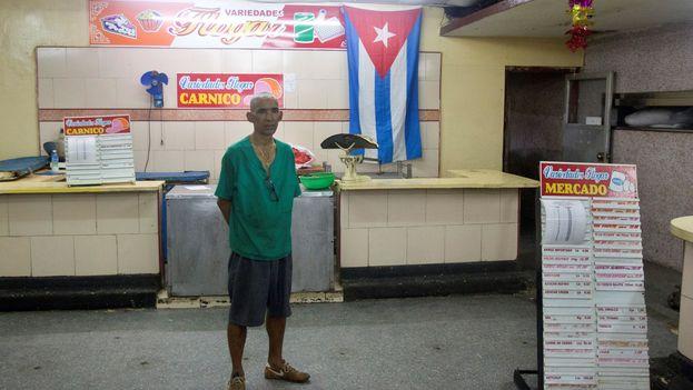 """Miguel Díaz-Canel afirmó que """"lo estatal no puede ser lo más feo"""" y exigió orden, armonía y limpieza en los establecimientos comerciales públicos. (EFE)"""