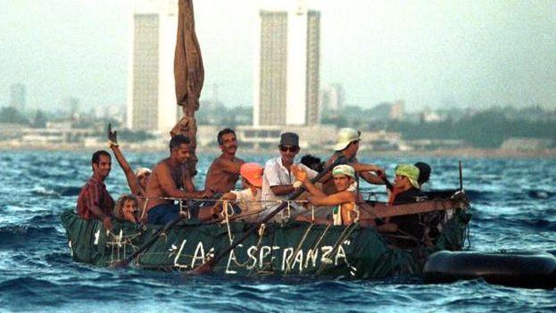 Miles de cubanos han emigrado a Estados Unidos en los últimos años. (Redes)