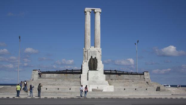 Monumento a las víctimas del Maine, sin el águila que coronaba su estructura (14ymedio)