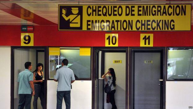 Oficinas de Migración en el aeropuerto de La Habana. (CC)