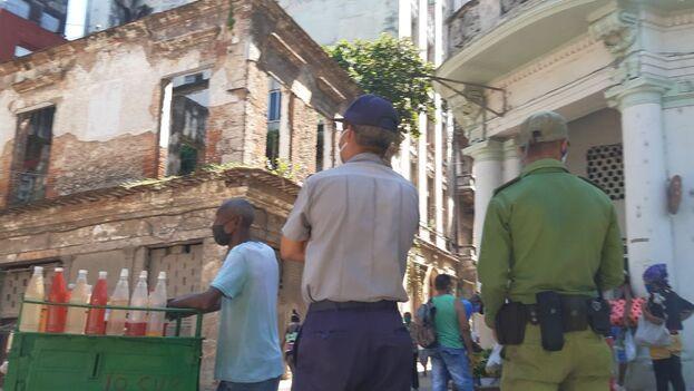 Operativo policial en Centro Habana, en las imediaciones del Capitolio, este viernes. (14ymedio)