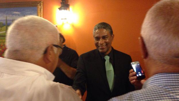 El doctor cubano Óscar Biscet momentos después de su conferencia de prensa