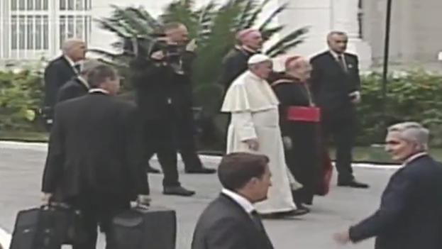 El Papa Francisco llegando a la Nunciatura Apostólica de La Habana