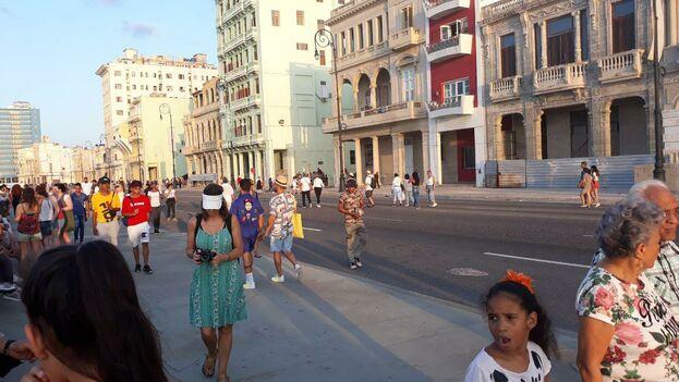 El tramo cerrado está enmarcado entre las calles Peña Pobre, en La Habana Vieja, y la calle 15, en el Vedado. (14ymedio)