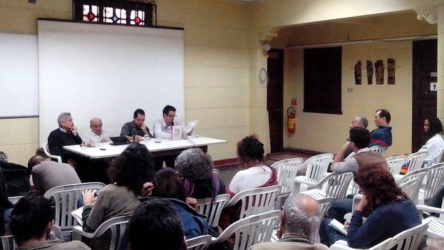 """Presentación del libro 'De la confrontación a los intentos de """"normalización"""". La política de los Estados Unidos hacia Cuba'"""