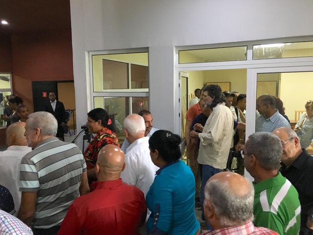 El ministro de cultura, Abel Prieto, no perdió ocasión durante la inauguración del Centro Cultural La Plaza para recordar al fallecido expresidente Fidel Castro. (14ymedio)