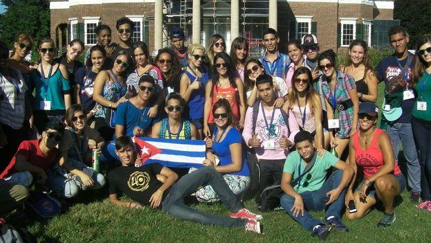 Primer grupo de jóvenes cubanos que asistió a los cursos de verano de World Learning. (Cortesía)