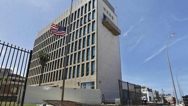El Programa de Reunificación Familiar Cubano se detuvo a raíz de los misteriosos ataques sufridos por diplomáticos estadounidenses y canadienses. (EFE/Archivo)