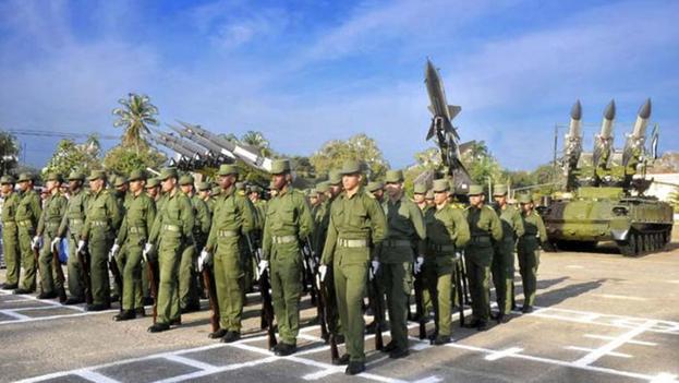 """El documento, que fue divulgado por Radio y Televisión Martí, subraya que la élite militar controla """"todas las actividades rentables en el monopolio de Gaesa. (Granma)"""