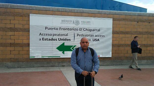 Ramírez Pantoja minutos antes de dejar atrás la frontera mexicana. (14ymedio)