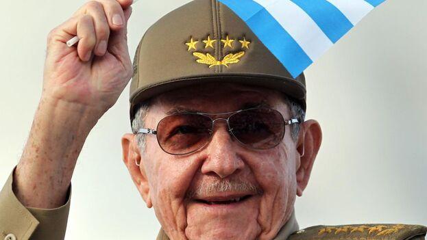 La salida de Raúl Castro no supondrá, según se prevé y proclama desde el propio PCC, ningún cambio para Cuba. (EFE)