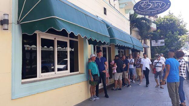 Restaurante privado de la calle Infanta y San Lázaro en La Habana. (14ymedio)