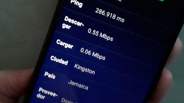 Resultados arrojados  por la aplicación 'Speed Test Internet' durante la prueba de conexión a internet desde los móviles realizada este miércoles por Etecsa. (14ymedio)