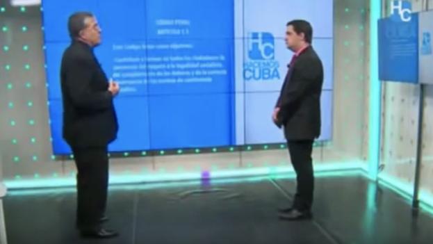 """José Luis Reyes Blanco y Humberto López, en el especial sobre las leyes """"contra la subversión política e ideológica"""". (Captura)"""