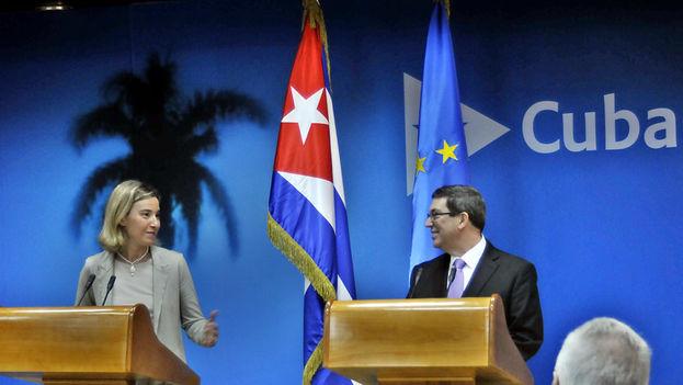 Bruno Rodríguez, canciller cubano, y Federica Mogherini, alta representante de la UE. (ACN)