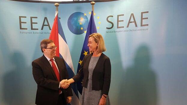 Bruno Rodríguez y Federicha Mogherini en el Servicio Europeo de Acción Exterior en Bruselas. (BrunoRodriguezP)