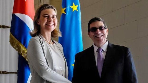 Bruno Rodríguez Parilla y Federica Mogherini. (Minrex)