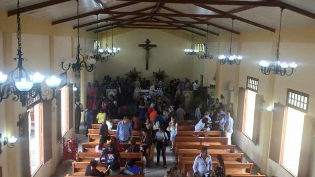 La iglesia del Sagrado Corazón de Jesús en Sandino, Pinar del Río, es el primer templo católico que de construye después de 1959. (14ymedio)