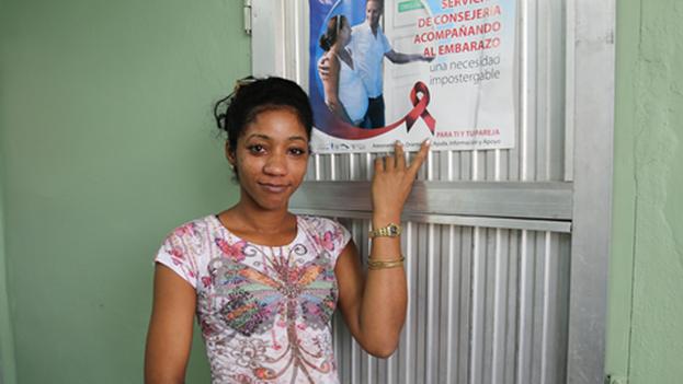 Las autoridades de Salud Pública resaltan el control en la transmisión materno-infantil en menores de 14 años, en personas heterosexuales, así como la detección precoz de la enfermedad. (OPS)