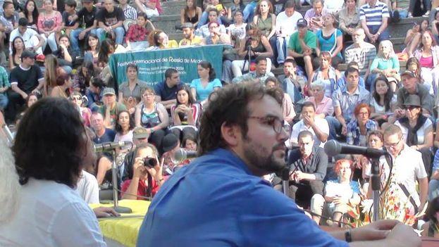 El poeta Sergio García Zamora en el 24° Festival Internacional de Poesía de Medellín. (Facebook)