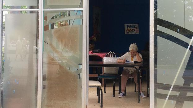 Las Casas de Abuelos gestionadas por el Estado solo cuentan con 11.726 camas para quienes deban permanecer a tiempo completo, una cifra muy por debajo de las necesidades.