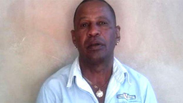 Tomás Núñez Magdariaga permanece en el hospital de Santiago de Cuba y no puede recibir visitas de familiares si no depone su huelga de hambre.