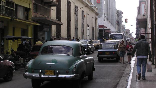 Tráfico en La Habana. (BdG/14ymedio)