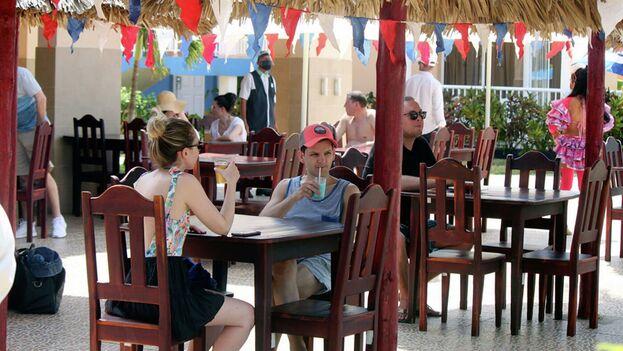 Turistas rusos en Varadero, el pasado abril. (Sputnik/Miguel Fernández Martínez)