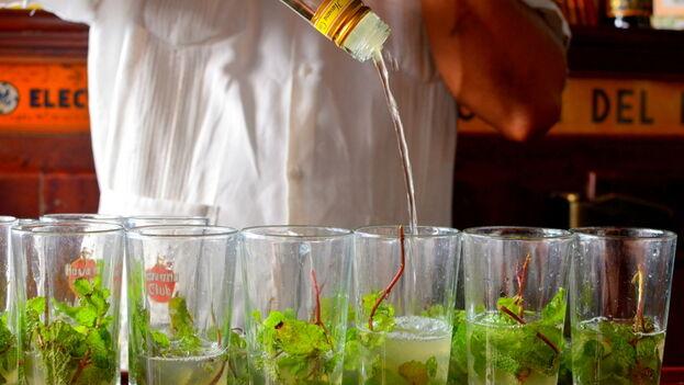Muchos guías privados advierten a los turistas de no consumir bebidas con hielo para evitar las diarreas. (Bojana Brkovic)
