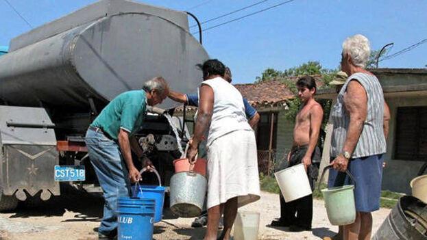 Las autoridades reconocen que la falta de agua es grave en toda la Isla. (Cubadebate)