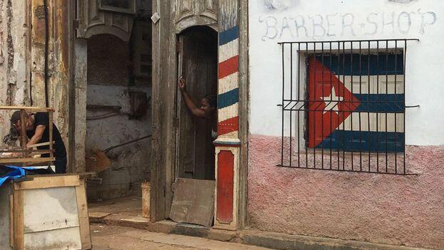 La cínica conformidad de que en Cuba las aperturas no son tan abiertas ni los cierres son tan cerrados tiene un límite. (14ymedio)