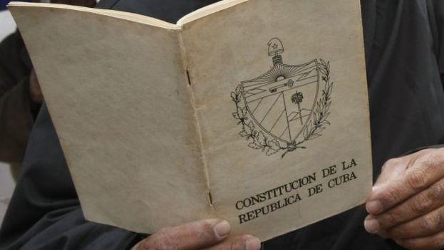 Se cumplen 40 años de la Constitución cubana, aprobada en 1976. (EFE/ARCHIVO)