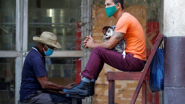 Hasta esta fecha el país caribeño acumula un total de 281.887 diagnósticos y 1.905 muertes a causa del coronavirus SARS-Cov-2. (EFE/ Yander Zamora/Archivo)